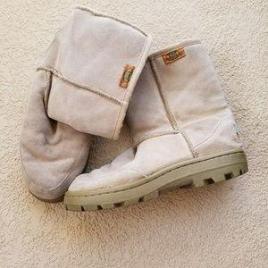 EMU Ridge Australia warm fuzzy boots sz 7.5